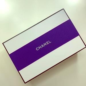 Chanel empty box with fillers